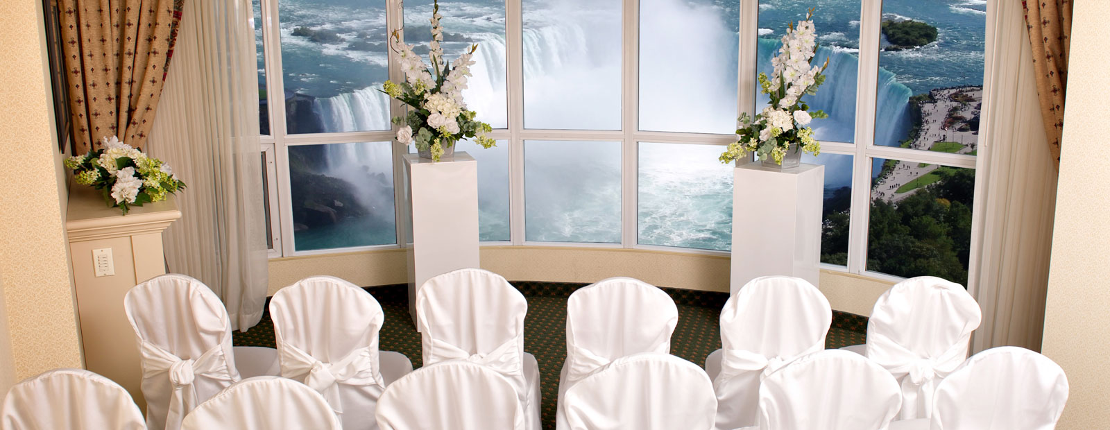 Embassy Suites by Hilton Niagara Falls - Fallsview Hotel, Canada
